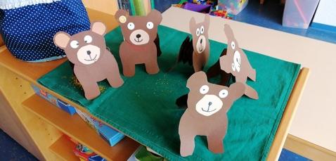 Bären im Kindergarten